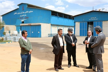 Zanjan Governor and Advisor of Governor visited Khales Sazan Co